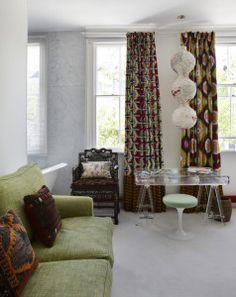 salon avec rideaux wax