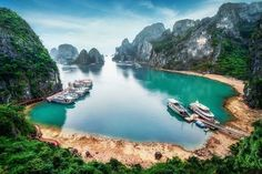 Good morning Vietnam! After traveling around the country by motorbike for 6 weeks... These 15 unbelievable photos of Vietnam will make you pack your bags...