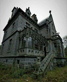 If this house isn't haunted, there's no such thing! Wonder where it is...
