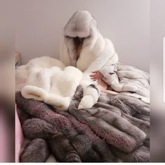 Hey, this post may contain adult content, so we've hidden it from public view. Fur Blanket, Merino Wool Blanket, Channel Bags, Fox Fur Coat, Fur Coats, Fur Bedding, Animal Fur, Fluffy Sweater, Fur Accessories