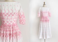 Notice the border print at the waist!! Vintage 1950s L'aiglon dress // 50s pink eyelet by TrunkofDresses