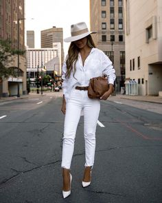 How to style an all white outfit, white outfit ideas, stylish white outfits, how to wear all white, ways to look chic in all white, all white louboutin, entire white look, how to style blanc colors, how to look minimalist, pre fall outfits, all white outfit for the fall, all white outfit for summer, wearing white outfits, style guide for all white, white look, white lookbook, style guide for wearing the color white, how to wear white only All White Outfit, White Outfits, Fall Outfits, Summer Outfits, Simple Outfits, Summer Wear, Work Outfits, White Linen Shirt, White Denim