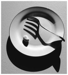 Andre kertesz still life ; Shadow Photography, Object Photography, Still Life Photography, Light Photography, Creative Photography, Black And White Photography, Fine Art Photography, Portrait Photography, Chiaroscuro Photography