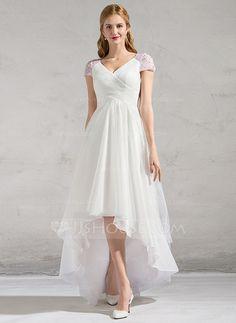 [Kr 1 277] A-linjeformat V-ringning Asymmetrisk Tyll Bröllopsklänning med Rufsar Beading Paljetter