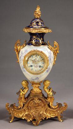 Antique Wall Clocks, Wall Clock Wooden, Vintage Clocks, Classic Clocks, Wall Clock Online, Mantel Clocks, Cool Clocks, Wall Clock Design, Large Clock