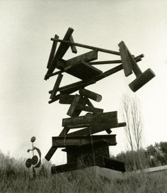 DAVID SMITH Construction December II, 1964 Steel 82 3/4 x 67 x 29 1/2 inches (201.2 x 170.2 x 74.9 cm)