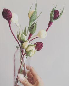 Berries and Buds galore!! #paperart #buds #berries #lovethem #botanicalart