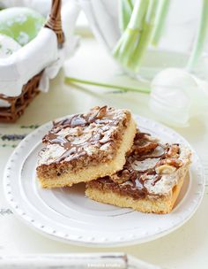 Mazurek orzechowy Easter Recipes, Summer Recipes, Polish Recipes, Sugar Rush, Cake Cookies, How To Make Cake, Baked Goods, Cake Recipes, Food And Drink