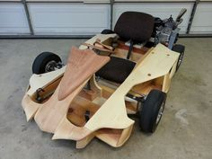 Gokart Plans 813955332631633274 - Source by sebzhb Soap Box Derby Cars, Soap Box Cars, Wooden Go Kart, Electric Go Kart, Wood Bike, Wood Toys Plans, Drift Trike, Outdoor Games For Kids, Pedal Cars