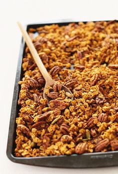 9-ingredient granola that's infused with pumpkin puree and fall spices, as well as pecans and pumpkin seeds! Healthy, simple, fast and vegan and gluten free!