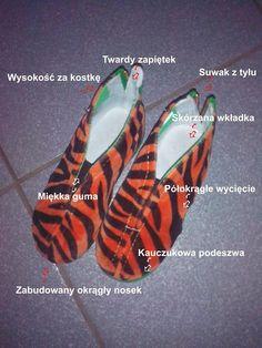 Zwyczajna mama: Dzikie kapcie SlippersFamily  http://zwyczajnamama.blogspot.com/2013/11/dzikie-kapcie-slippersfamily.html