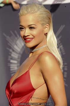 Rita Ora The 2014 MTV Video Music Awards at The Forum http://icelebz.com/events/the_2014_mtv_video_music_awards_at_the_forum/photo54.html