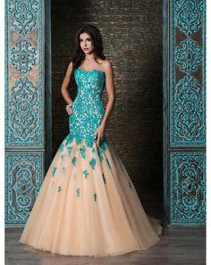 f75500d97bb9 Dlhé luxusné čipkované šaty strihu morská panna