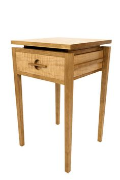 Cherry and maple end table Modern Wooden Furniture, Custom Made Furniture, Furniture Projects, Home Furniture, Furniture Design, Furniture Stores, Small Occasional Table, Hardwood Table, Small Cabinet