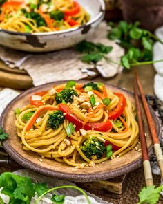 Simple, creamy, and delicious, this oil-free Spicy Peanut Noodles is brimming with nourishing veggies and ready in 30 minutes. #wholefoodplantbased #vegan #oilfree #glutenfree #plantbased | monkeyandmekitchenadventures.com Lunch Recipes, Whole Food Recipes, Healthy Recipes, Quick Meals To Cook, Spicy Peanut Noodles, Vegan Party Food, Chili Garlic Sauce, Asian, Vegan Pasta