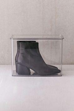 Slide View: 1: Transparent Tall Shoe Box