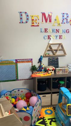 Ideas for a Toddlers playroom in a small space. Small Kids Playrooms, Small Playroom, Toddler Playroom, Playroom Design, Toddler Rooms, Playroom Decor, Playroom Ideas, Little Girls Playroom, Toddler And Baby Room