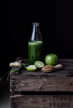 green food juicing