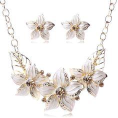 Women's Gold-Plated Jewelry Set w/ Crystal & Sapphire & Flower Pattern