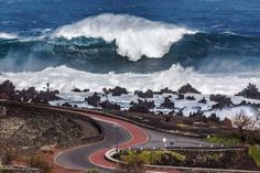 Massive swells on French Atlantic coast from powerful ocean storm