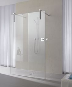 Душевые кабины Kermi: Walk in Thomas Bedroom, Steam Showers Bathroom, Bathroom Bath, Bathroom Design Inspiration, Vanity Units, Wet Rooms, Shower Enclosure, Walk In Shower, Apartment Design