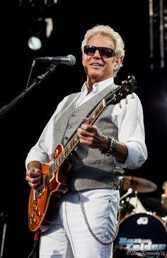 Don Felder Santa Barbara ~ Photo by Steve Kennedy Eagles Live, Bernie Leadon, Hotel California, Les Paul, First They Came, Great Bands, Santa Barbara, Singers, Sexy Men