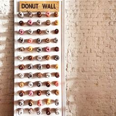WHAT?? A donut wall? Yes please #theloftonpine #wedding #desserts #donuts