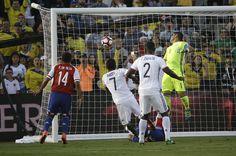 @FCF Carlos Bacca abrió el marcador para #Colombia en unos excelentes 30 minutos iniciales #9ine