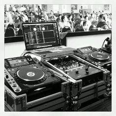 DJ setup DJ Scotch