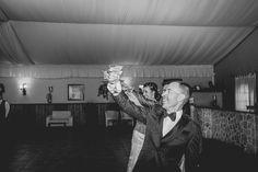 Fotógrafo de bodas en Marbella y Málaga, fotografía documental, pre-bodas, boda, post-bodas, wedding, weddings... Boda Fotógrafo de bodas en Benahavis Finalizando la temporada de bodas del año, el 29 de octubre de 2016 se celebró una muy particular, en un entorno idílico y allí estábamos para inmortalizar el momento con nuestras fotos.