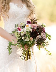 Fall wedding inspiration from FlowerShackBlooms.com on #SMP | Photography: ChandrasCollection.com | http://www.StyleMePretty.com/texas-weddings/fredericksburg/2015/12/12/enchanted-rock-state-park/