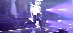 Zitao high jumps as if he's anime