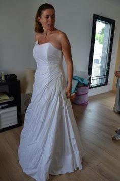 Robe de mariée bustier et dentelle, Lauretta