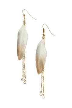 Earrings with feathers: Metal earrings decorated with shimmering feathers and chains with a sparkly stone at the ends. Length approx. 10.5 cm.