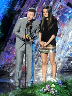 On stage at the MTV Movie Awards with costar Justin Timberlake, and we're still gushing over Mila's look here — effortlessly sexy in a Balmain mini. Mila Kunis Hair, Mila Kunis Style, Mtv Movie Awards, Look Here, Hollywood Fashion, Hollywood Actresses, Fashion Pictures, Style Pictures, Her Style