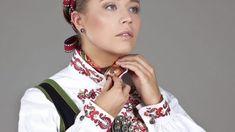 Almankås - Telemarksbunad til dame Norwegian Clothing, Henna, Band, Norway, Clothes, Fashion, Outfits, Moda, Sash