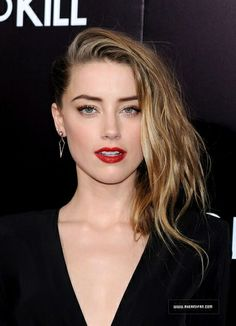 Amber Heard was at the Los Angeles Premiere of 3 Days To Kill yesterday with her fiancé Johnny Depp! See more than 300 pictures of this event here : http://www.aheardfan.com/3-days-to-kill-premiere-in-los-angeles/