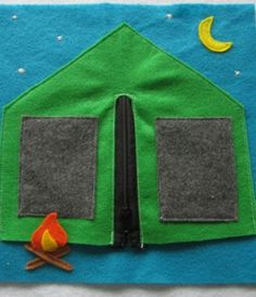 8 Cute DIY Quiet Books | links to lots of blogs that have tons of cute pages.