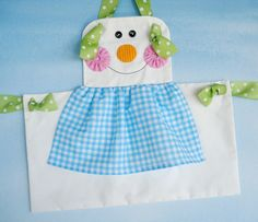 Gingerbread Girl, Snowman & Plain Knot Aprons for Children