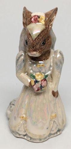 "Ivory Shimmer Dress Royal Doulton Bunnykins "" Bride Bunnykins "" Figurine DB48 | eBay"