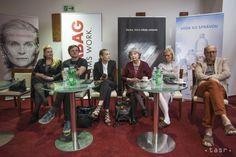VIDEO: Činohra SND pripravila premiéru hry Spievajúci dom - Kultúra - TERAZ.sk