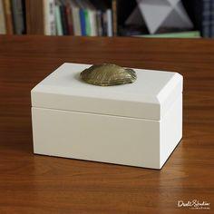 Global Views Turtle Shell Box