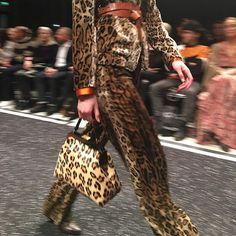 Let's talk leopard  #marccain #leopard #matchiematchie #nelveerkamp #runway #lofficielnl : @lofficielsophie  via L'OFFICIEL NL MAGAZINE INSTAGRAM - Fashion Campaigns  Haute Couture  Advertising  Editorial Photography  Magazine Cover Designs  Supermodels  Runway Models