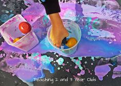 Teaching 2 and 3 Year Olds: Using Basters with Thickened Paint