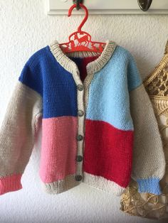 Knitting For Kids, Hand Knitting, Knitting Patterns, Vintage Children, Color Blocking, Jumper, Etsy Shop, Unisex, Retro