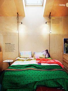 wood walls / colorful bedding BOMBILLA COLGANTE