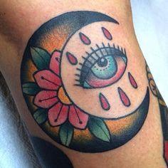 Risultati immagini per luna old school tattoo