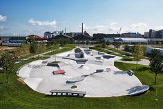 WES-Park-im-Ueberseepark-06-Streetanlage-Foto-Frank-Heinrich-Mueller « Landscape Architecture Works | Landezine
