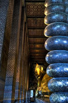can't wait to see this in person. Reclining Buddah - Bangkok.
