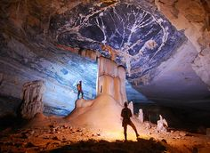 Chapada Diamantina. Gruta da Lapa Doce  (Lapa Doce cavern).